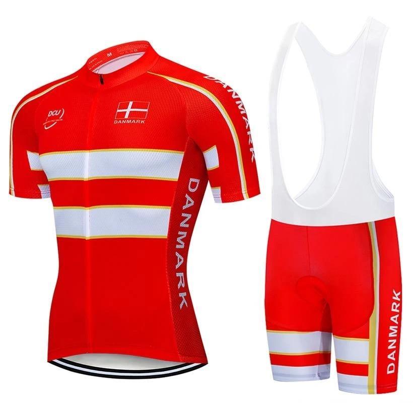 Rot 2020 Dänemark Einen.Kreislauf.durchmachenteam CCC Trikot 19D Pad Bike Kurzschlüsse schnelle trockene Ropa Ciclismo Mens pro BICYCLING Maillot Culotte Abnutzung