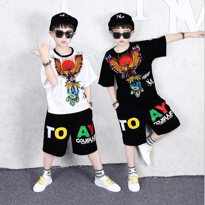 Neue meistverkauften Anzug Sommerkleidung des Jungen für die mittleren und großen Jungen gut aussehend Sport kurze Ärmel Hosen T-Shirt für Kinderbekleidung nationale tren