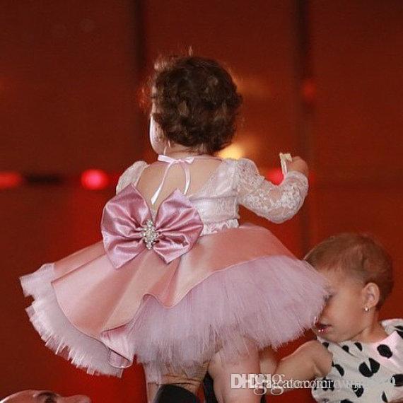 꽃의 소녀 드레스 빈티지 새틴 층 길이 정장 웨딩 파티 드레스 키즈 유아 선발 대회는 입는다