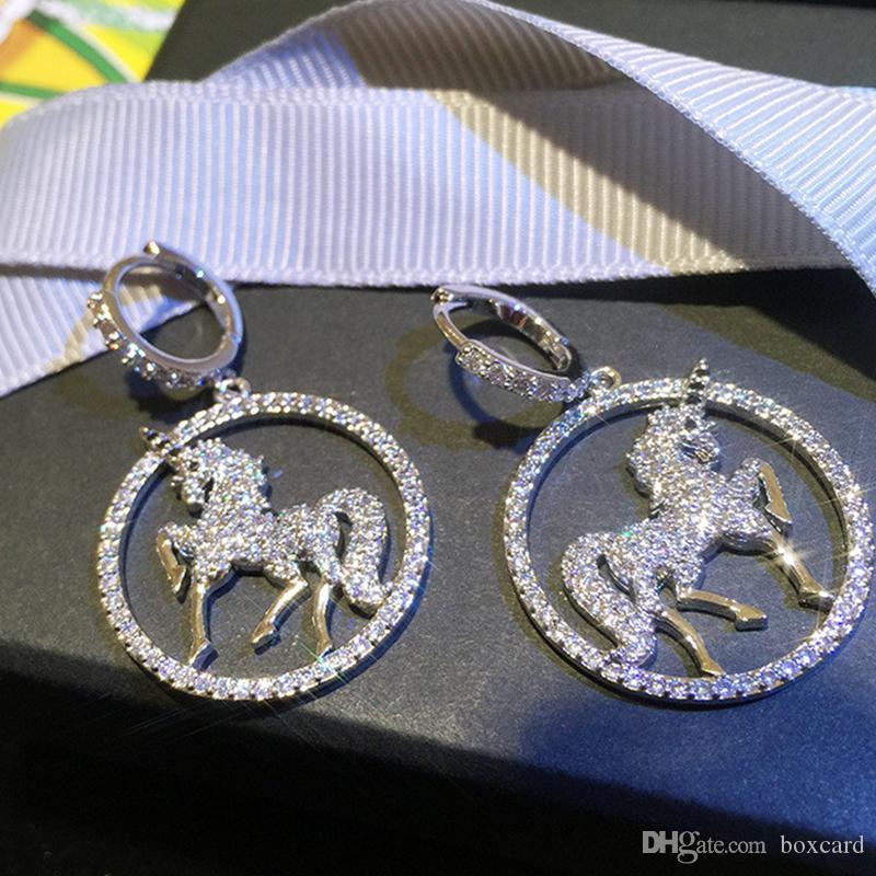 Kadın Moda Lüks Tasarımcı Küpe Zirkon Unicorn Lüks Küpe Zarif Kişilik Basit Küpe Lady Mizaç Küpe