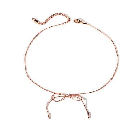 Collana di Bowknot dell'acciaio inossidabile unica di modo per le donne eleganti semplici dei monili della collana delle signore di colore dell'oro di Rosa all'ingrosso dei regali