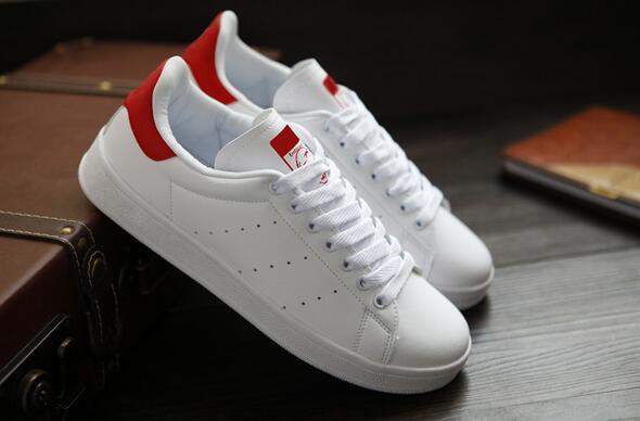 s1 En kaliteli kadın erkek yeni stan ayakkabı moda smith Casual ayakkabılar deri spor klasik Flats 2020 Boyut 36-44 0SH5 sneakers