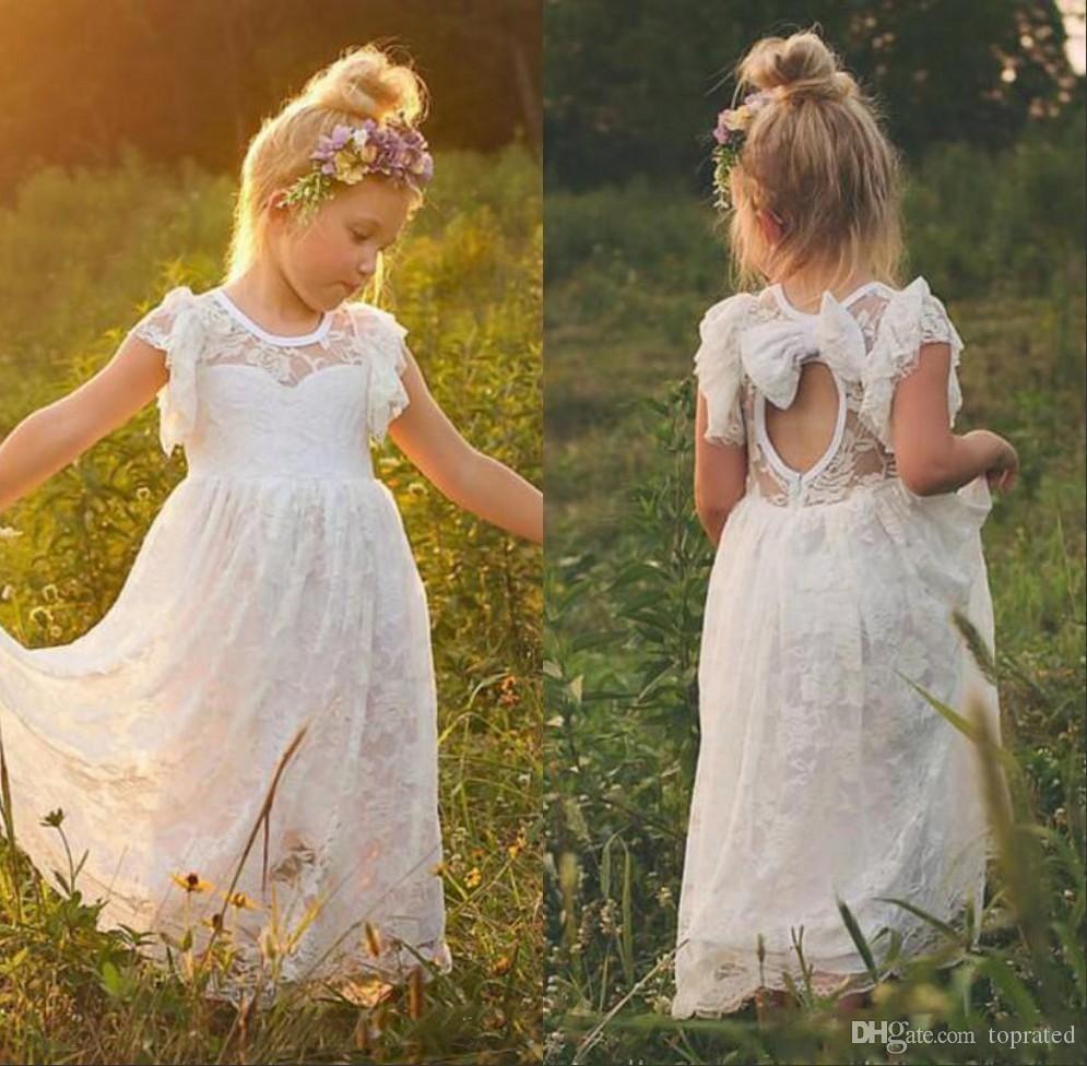 2020 pleine dentelle robes fille fleur pour la plage de mariage de jardin Sheer Jewel Neck manches ouvertes Volants Retour Flowergirl Robes avec Bow