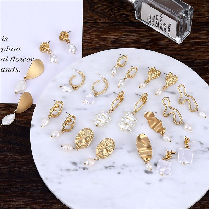 New Gold Geometric Round Heart Irregular Imitation Pearl Earrings Elegant Pearl Drop Earrings for Women Fashion Wedding Jewelry