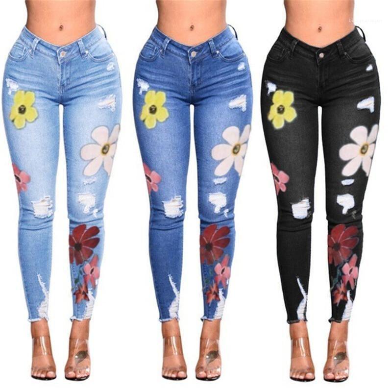 Tasarımcı Jeans Sıska Vintage High Street Moda Bayan Kot Pantolon Çizik Delik Çiçek Sonbahar Kış Kadın