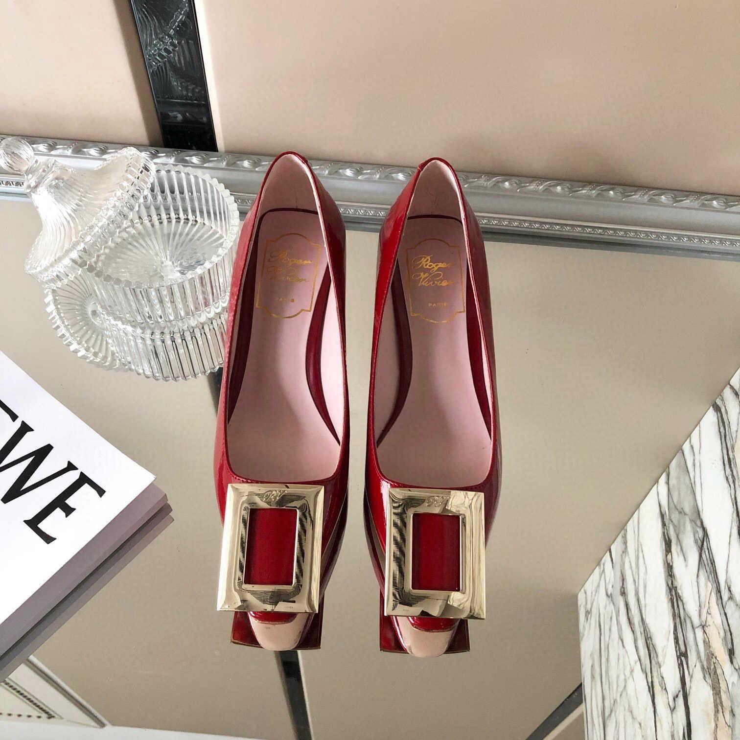 Hot vente nouveau concepteur de boucle carrée chaussures pour femmes d'été mode luxe décontracté talons hauts boîte à chaussures d'origine