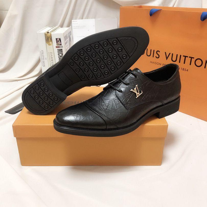 Nuovi stile 2019 mens di brevetto Mocassini in pelle formale scarpe da sera di business appartamenti 39-45 bambini