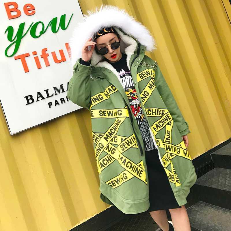 invierno algodón de la capa superior de la calidad de impresión de las mujeres Carta real cuello de piel abrigo con capucha 2020 nueva calentado XY128 femenina gruesa