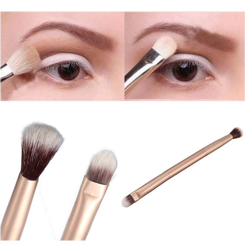Nouveau 2019 Fashion Girls Maquillage des yeux Fond de teint poudre professionnelle fard à paupières Blending Double-Ended Pinceau