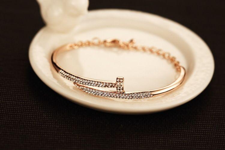 Wholesale-High-grade fashion Jewel-encrusted bangle bracelet for women as gift