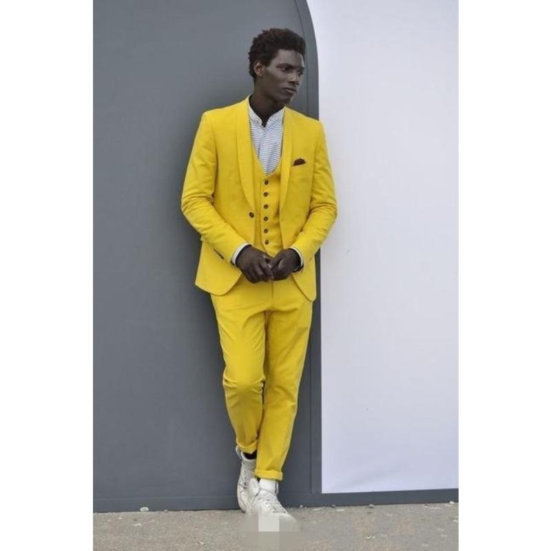 Slim Fit Yellow Groom Tuxedos Shawl Lapel Groomsmen Mens Wedding Dress Excellent Man Jacket Blazer 3 Piece Suit(Jacket+Pants+Ves