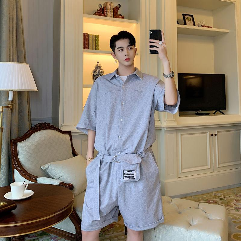 EWQ / erkek gelgit yeni giysiler 9Y1667 için erkek giyim 2020 yaz düz renk waistpack dekorasyon erkekler yarım kollu şort tulum