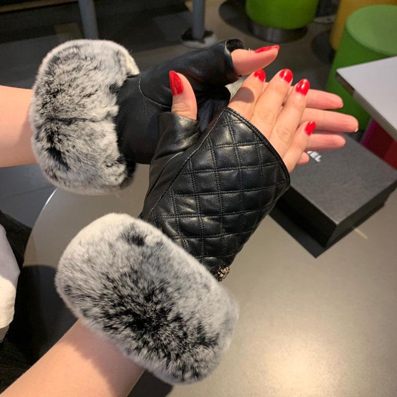 قفازات أزياء الشعر أصابع شتاء دافئ المرأة جلد الغنم قفازات خمر قصيرة أصابع لفتاة