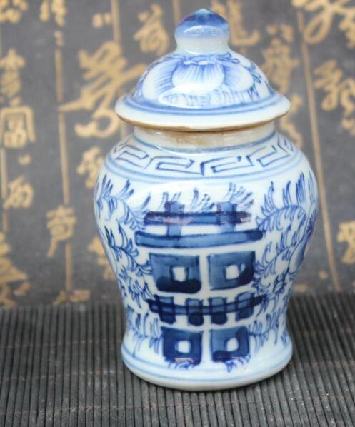Blue and white double pot porcelain pot general pot Jingdezhen porcelain tea storage Bogu shelf decoration