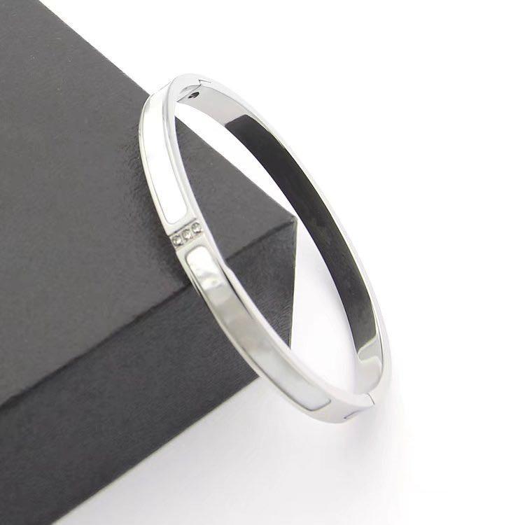 friendship stainless steel jewelry diamond bracelet luxury jewelry white shell bracelet love bangle cuban link bracelet luxury bracelets