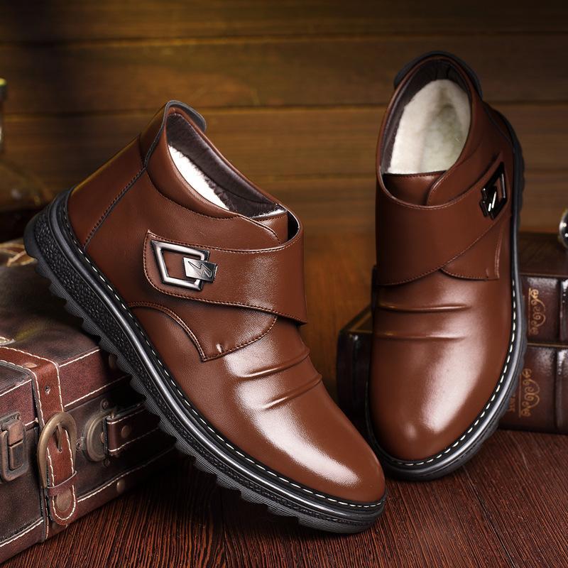 De calidad superior de los hombres Botas de invierno de 2020 de cuero genuino zapatos hechos a mano zapatos calientes de los hombres de nieve botas de piel de