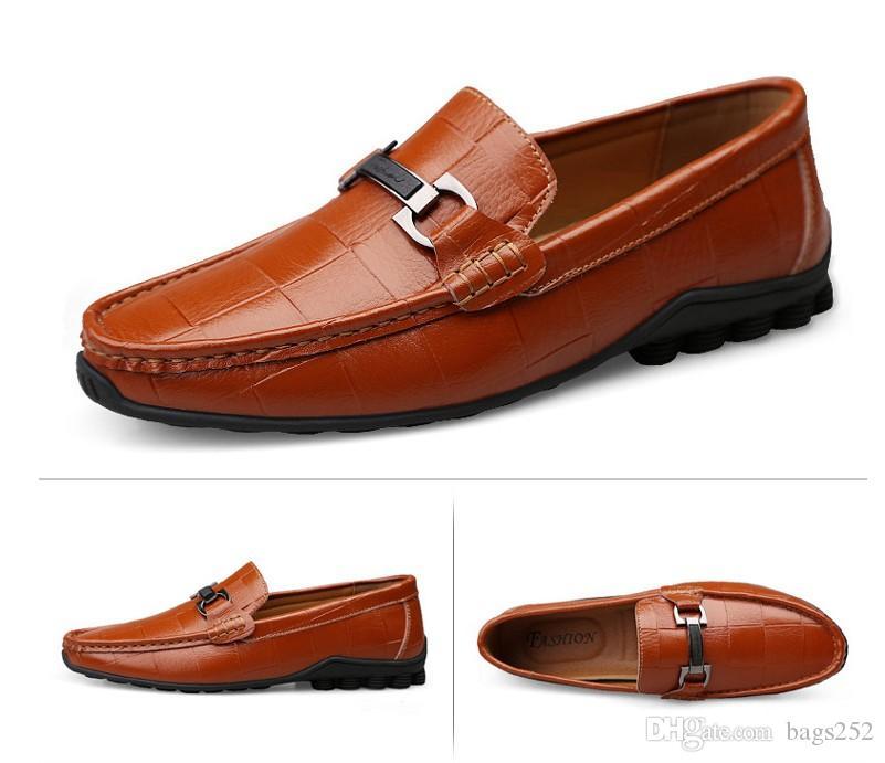 New Men Dress Shoes PU Leather Loafers Mocassins Deslizamento-em sapatos macios Flats calçado leve de condução 38-47
