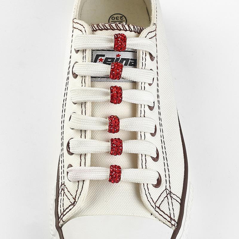 12pcs / lot de la manera del Rhinestone colorido granos de la arcilla zapatos Decoraciones 10mm agujero recto hebilla de accesorios de encaje tendencia de la personalidad