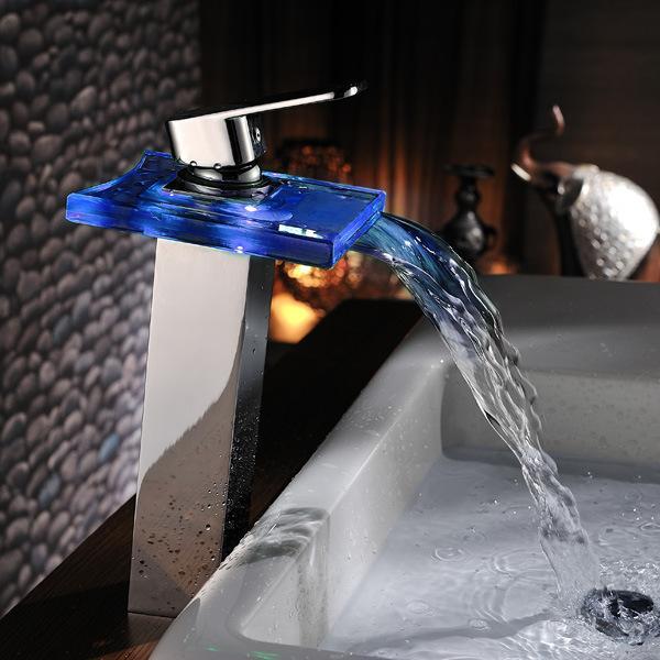 الحمام شلال الزجاج خلاط صنابير الصمام تغيير لون سطح الخيالة حوض صنبور الكروم
