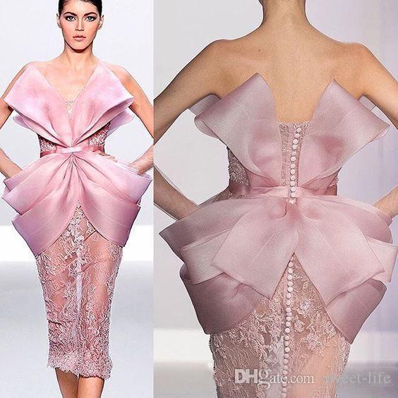 Elie Saab-Rosa-Spitze 2020 kurze Abschlussball-Kleider trägerlose Hüllen-Partei-Abnutzung reizvolles formales Abendkleid durchschaut Roben de soirée