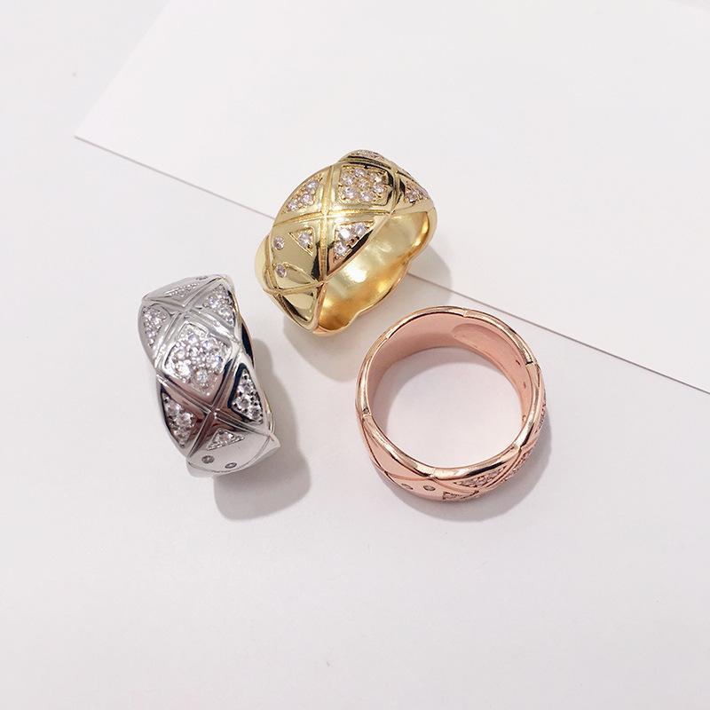 anello nuziale Le donne di qualità di lusso con diamanti stretto e largo gioielli regalo vendita dimensioni di trasporto libero caldo PS5551