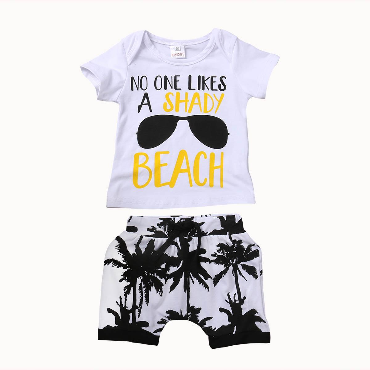 2 piezas de los cabritos del niño muchacha del bebé juego de ropa de verano 2017 de manga corta camiseta de algodón Top + cortos bragas calientes traje de vestir de los niños
