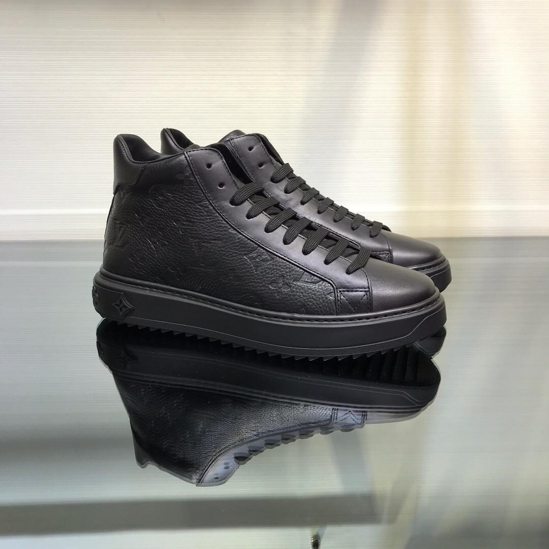 2020Diseñador de zapatos para hombre NUEVA Formadores las zapatillas de deporteLVLouisZapatos hombres de negocios casual 38-45 00784456