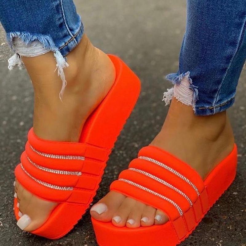 2020 Frauen Schuhe Hoch-Ferse Flache Anti-Rutsch-Strand Slipper wasserdichte Plattform Durable Sandalen Outdoor-Sommer-Strand-Flip-Flop