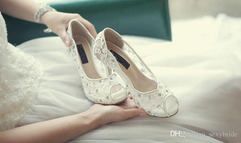 Bling Bling Bling Hochzeitsschuhe Sexy Brautkleid High Heels Schuhe Peep Toe Weiße Spitze Kristall Handgefertigte Frauen Prom Party Pumps F02