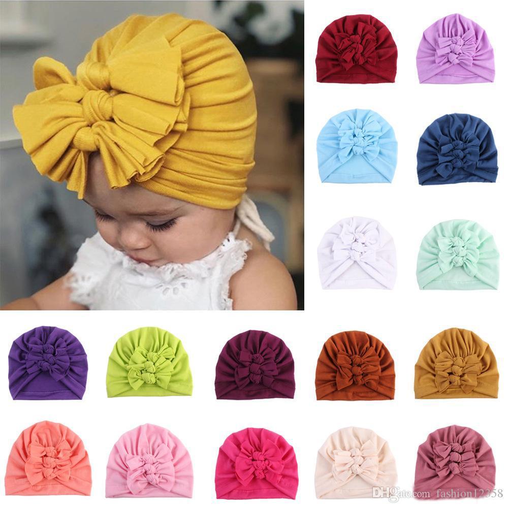 Große Messy Bögen Mädchen Baumwolle Hüte Bebes Drei Bogen-Hut-neugeborene Baby-Turban geknotete Warm Headwrap Infant Beanie Cap 21 Farben