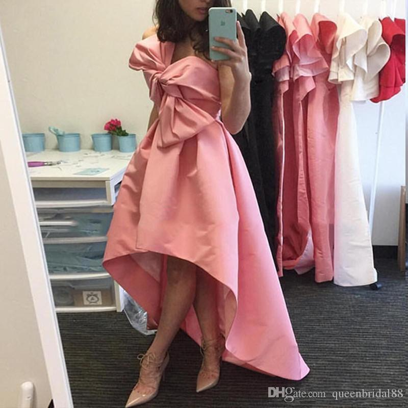 Hot Sale High Low Ruched Satin A Line Prom Dresses 2019 New Style Strapless Maid of Honor Party Evening Gowns