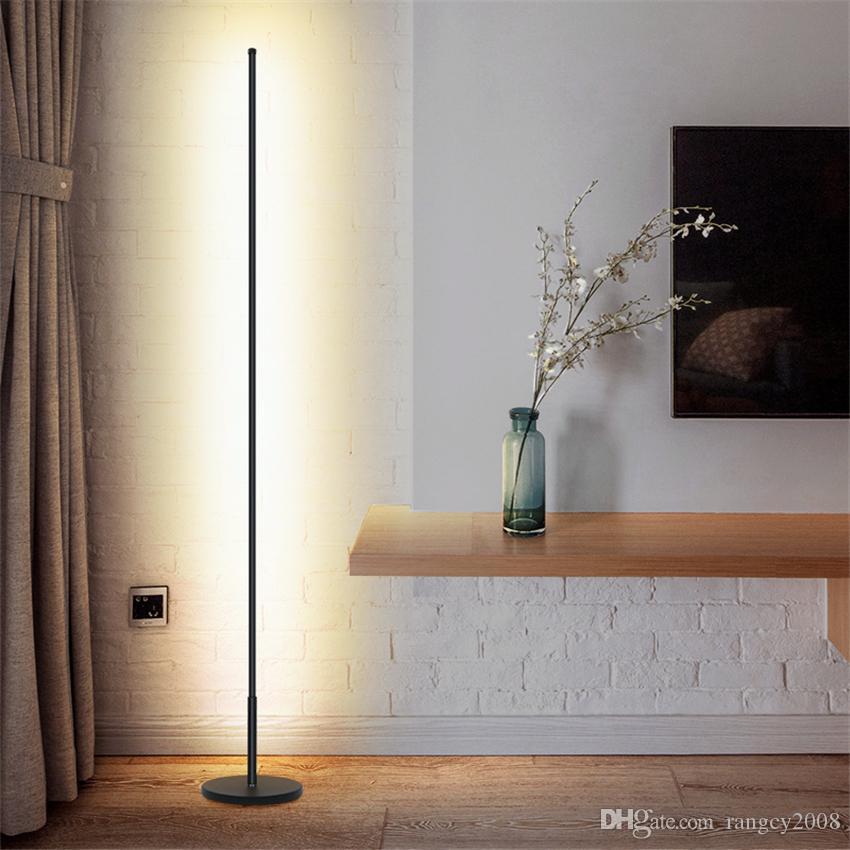 Nórdico minimalista LED Lámparas de pie Lámparas de suelo de la sala de Led Negro / blanco de aluminio Luminaria de pie Lámparas Lamparas Decorar