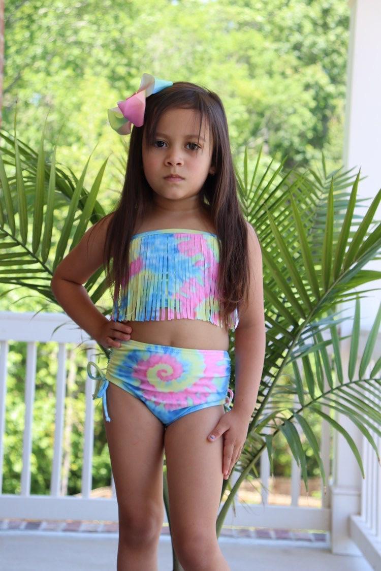 Pastel Tie Dye Fringe 2 Stücke Sommer-Babys Kinder Kleidung Tie dye Quasten Badeanzug Boutique-Set Rüschen übereinstimmen nur beugen CY200515