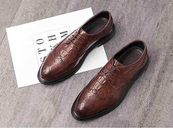 Мужчины Дизайнерские платья обувь Формальные свадебные Мужские кожаные ботинки BROGUE Бизнес офис Oxfords для мужчин