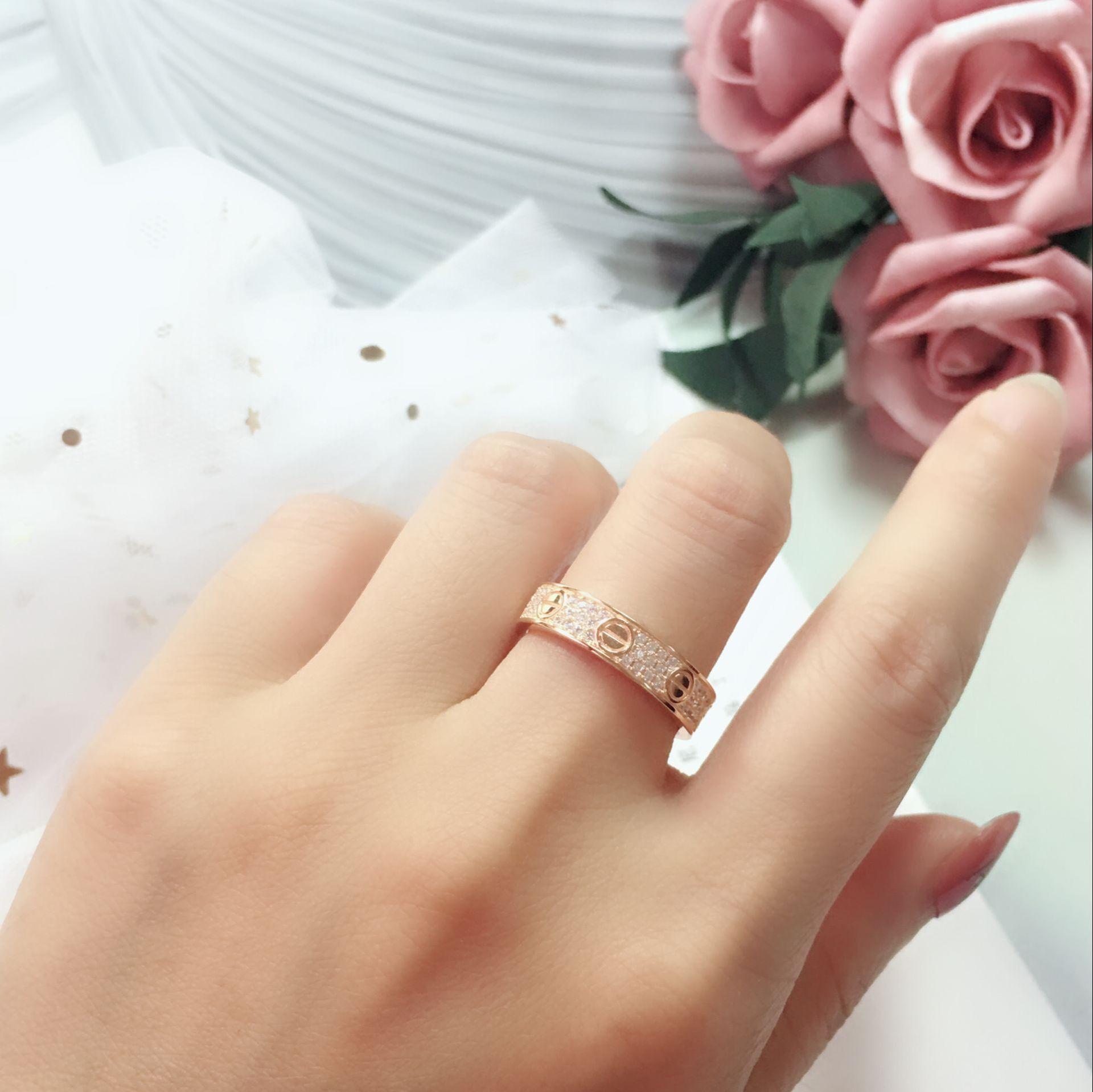 الفاخرة كامل الماس الحب خواتم الفولاذ المقاوم للصدأ روز الذهب زوجين باند خواتم الأزياء الفضة 18K الذهب عشاق خواتم للنساء الرجال المجوهرات الجميلة