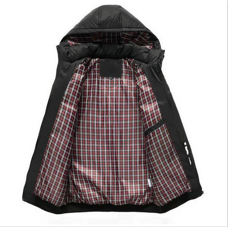 Classic Marca Piumino Per Mens giacche invernali del progettista del Mens Jackets di lusso con cappuccio di Down Coat Outerwear Mens Giubbotti pesanti Parka M-5XL