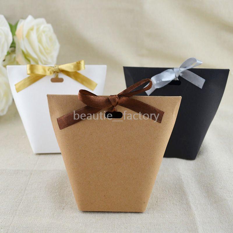 100pcs Kraft Paper Triangle Sacs-cadeaux Sacs d'anniversaire de mariage Boîte à bonbons au chocolat unique et beau