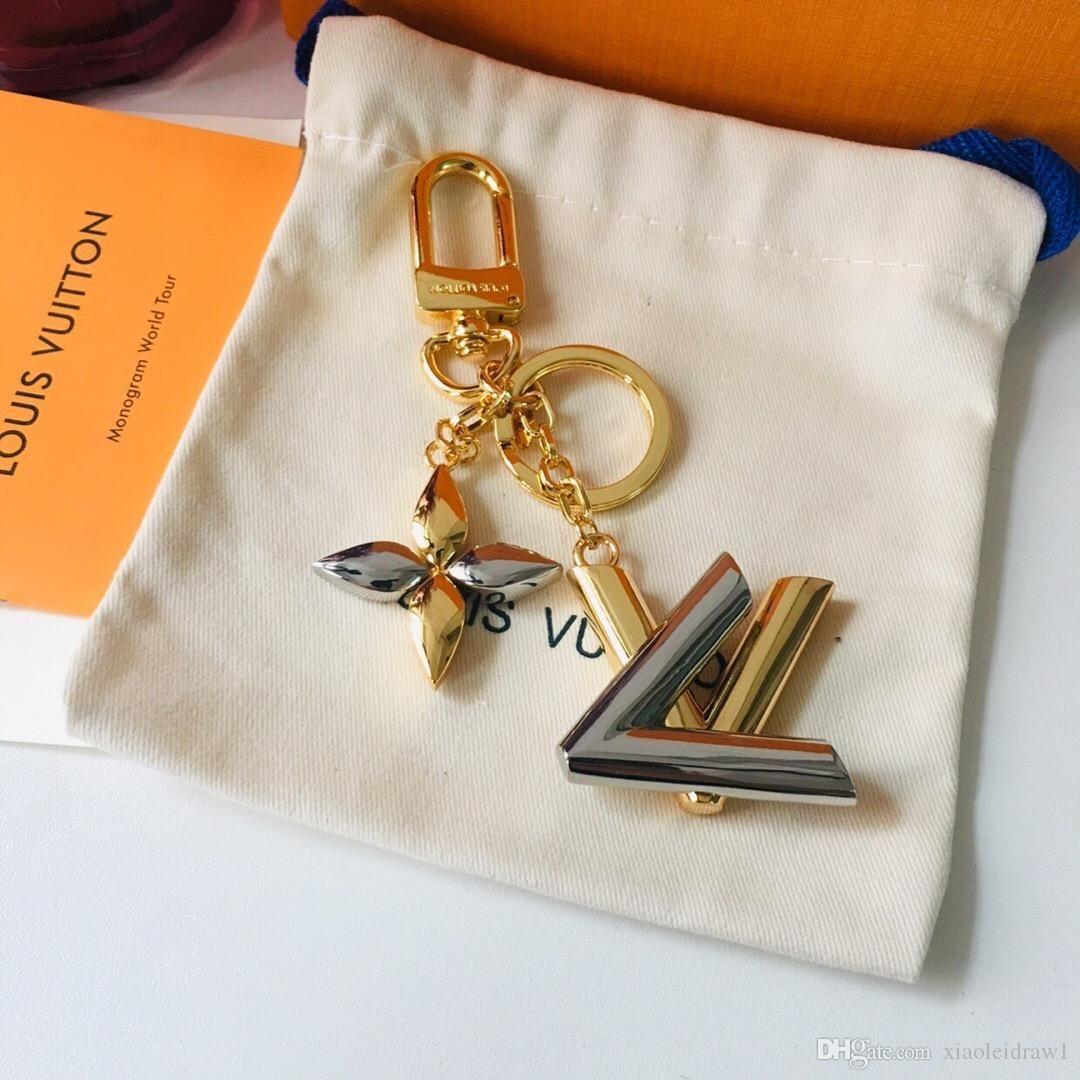 kutu moda stil M68197 Aksesuarlar tuval deri altın anahtarlık ücretsiz kargo ile en iyi gümüş mektup metal erkekler kadınlar anahtarlıklar