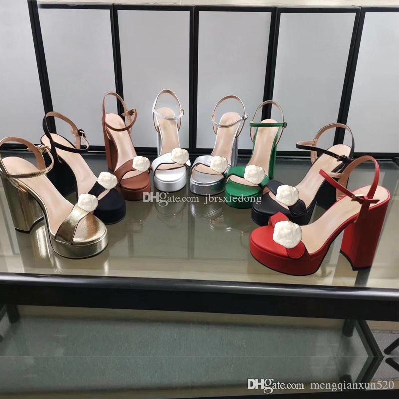 Desenhador sandálias de salto alto plataforma impermeável salto áspera mulher moda em couro sapatos de fivela de metal para festas e banquetes sandálias Sexy