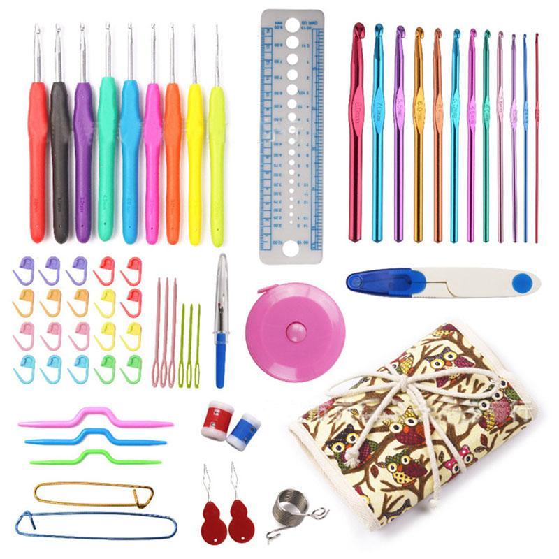 Set di uncinetti con custodia impugnatura ergonomica uncinetti per aghi Set di strumenti per maglieria da cucire