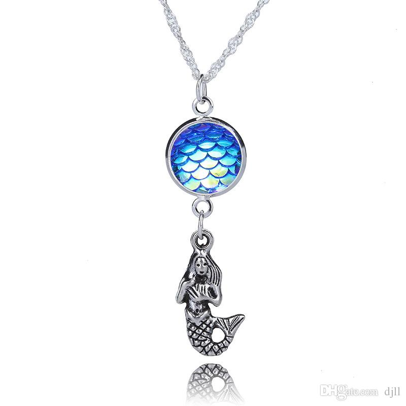 Mermaid Tail Fish Scale Pendant Necklace Women Fashion Chain Jewelry Accessories