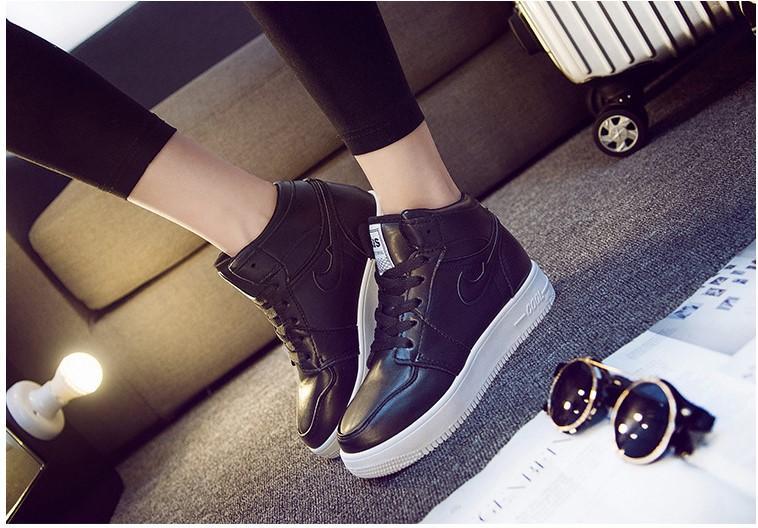 Hot Sale-aumentante di altezza Shoes.Spring autunno e l'inverno. Alunno. scarpe casual moda. Tinta unita. PU. Impermeabile.