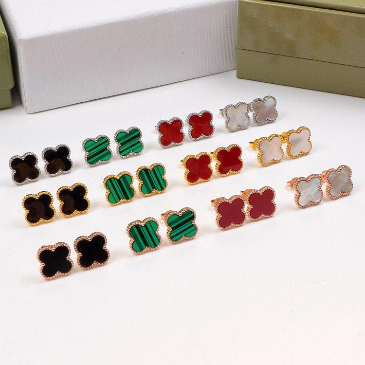 تعاقدت أربع أوراق الأقراط مطابقة لون البرسيم متعدد الألوان الأقراط التيتانيوم الصلب حشيشة الحجل والمجوهرات بالجملة