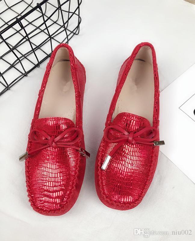 Womens scarpe Mc pattini casuali della piattaforma di lusso progettisti di cuoio di marca morbido comodo per il tempo libero dei fannulloni adulti traspirante Calzature gpz19082408