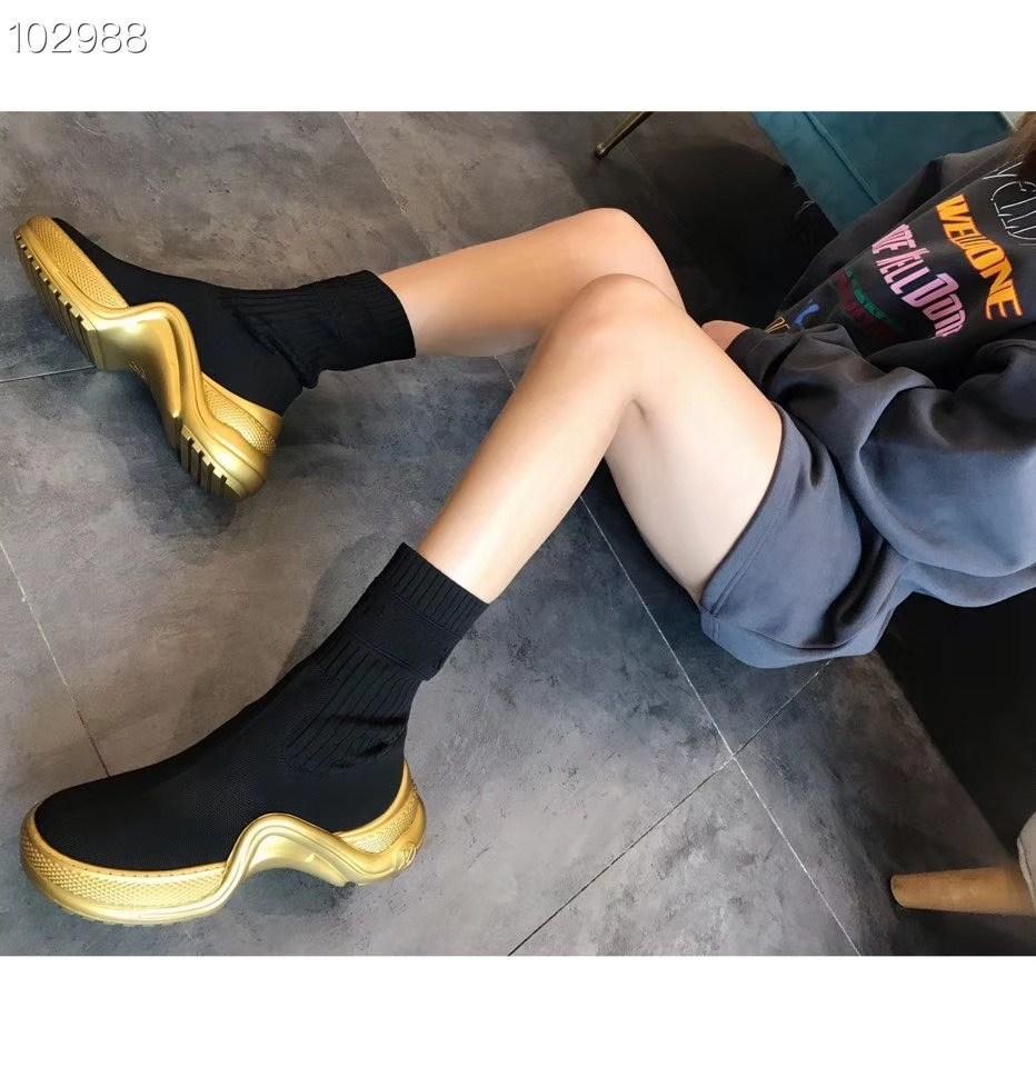2020 Son Kadınlar avangard Spor botlar siyah elastik kumaş kullanan büyük dalgalı dış taban ile vamp kontrast düzgün hatları