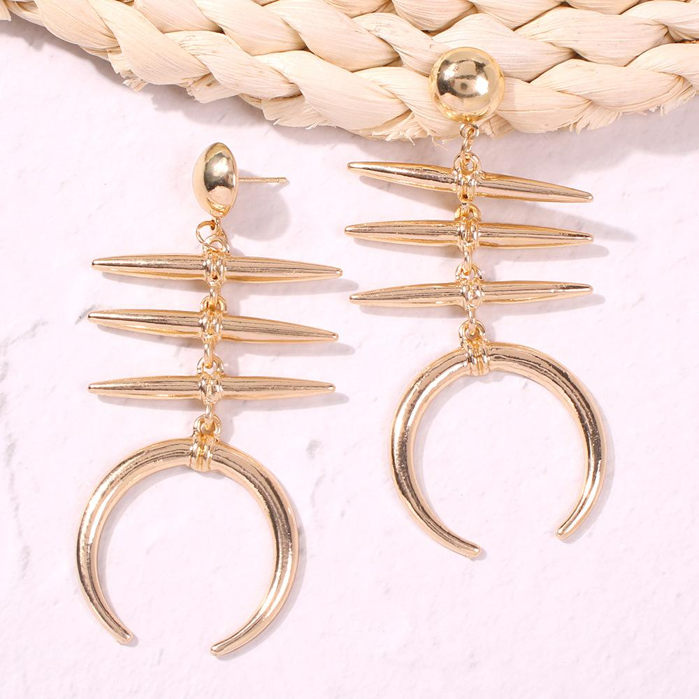 Mode Alliage exquis texture Fishbone-forme Boucles d'oreilles et européenne style américain à froid Nouveau style de personnalité Boucles d'oreilles Creative