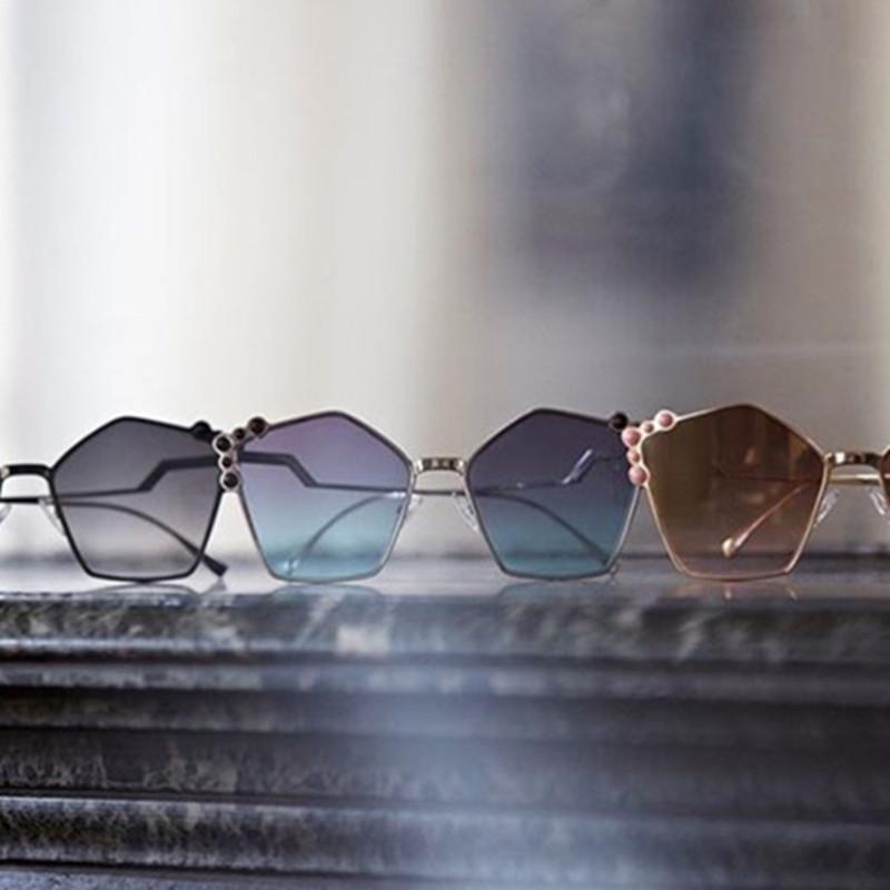 Occhiali da sole moda chic occhio ombrezze occhiali gatto crystal designer donne all'ingrosso uv400 marchio sole signora femmina rivetto lusso fnxtp