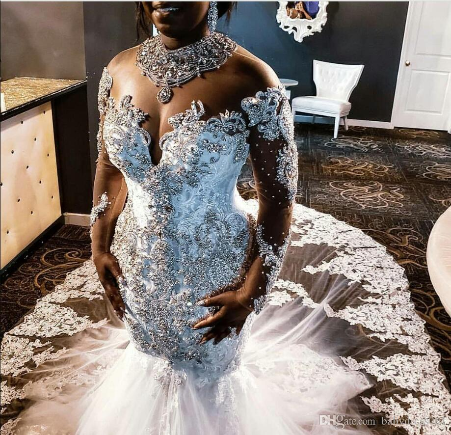2020 Plus boda del tamaño de los cristales de los vestidos de encaje Rhinestones corte moldeada de manga larga de tren de South African sirena vestido de novia Vestido de novia