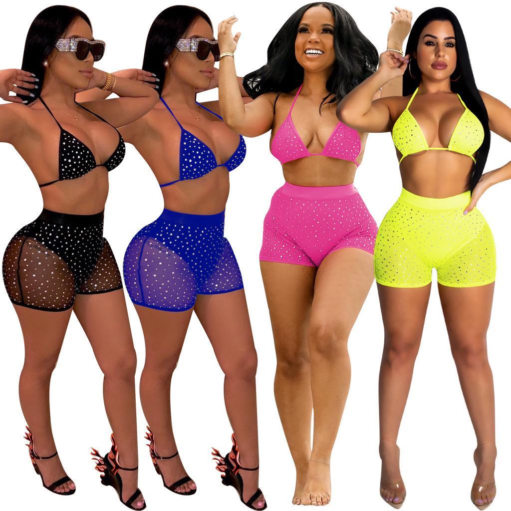 Nuovo arrivo Sheer Diamanti Mesh Night Club insieme a due pezzi delle donne sexy di modo Swimwear reggiseno Top + Shorts estate partito Outfits