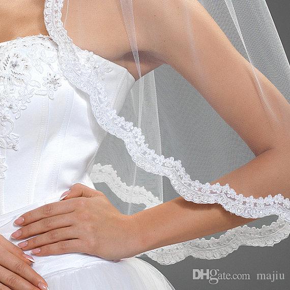 Caliente nueva imagen real en stock de alta calidad increíble elegante de lujo de una capa de encaje apliques borde boda velos nupcial codo longitud aleación peine